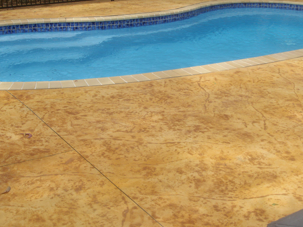Concrete Pool Surrounds